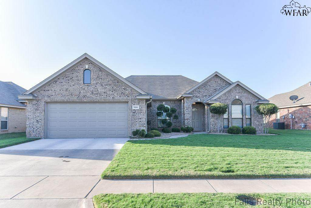 5006 Spring Hill Drive - Photo 1