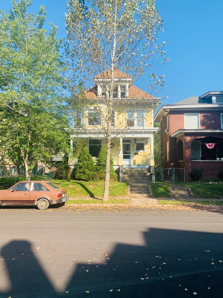 28 Poplar Avenue - Photo 1