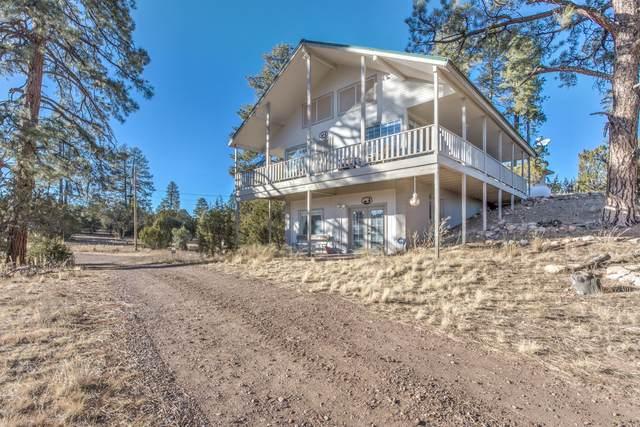 3418 Aztec Drive, Overgaard, AZ 85933 (MLS #232946) :: Walters Realty Group