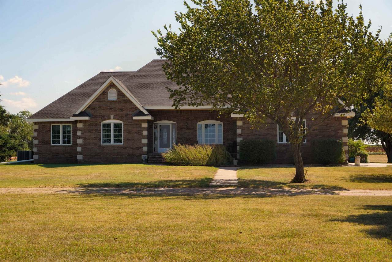 1040 Mayfield Rd - Photo 1