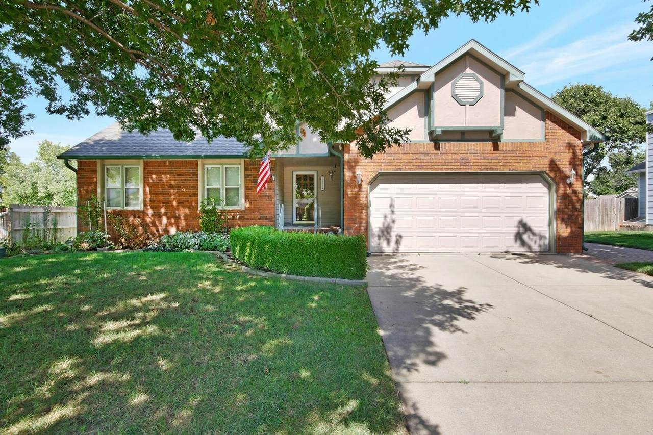 12014 Rolling Hills Dr - Photo 1
