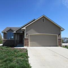 912 E Sandalwood, Augusta, KS 67010 (MLS #533506) :: Select Homes - Team Real Estate