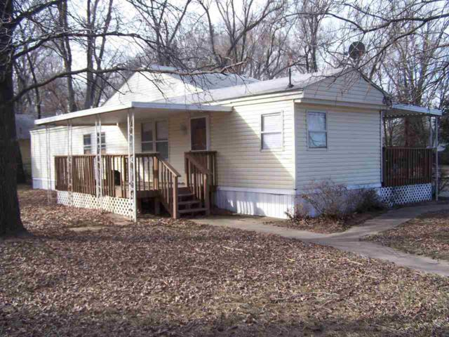 401 W 57th St S, Wichita, KS 67217 (MLS #500796) :: Better Homes and Gardens Real Estate Alliance