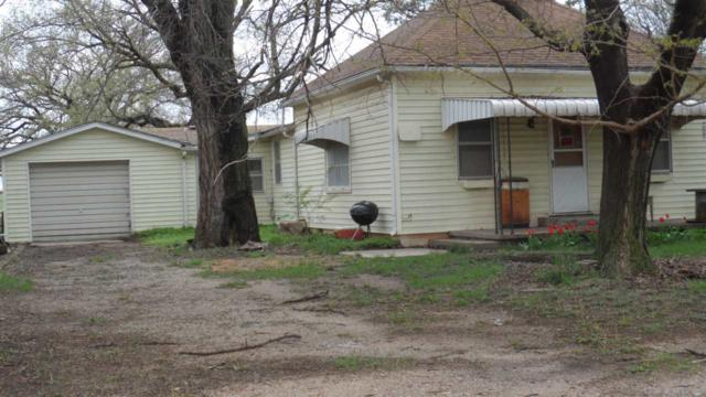 515 N Magnolia St, Attica, KS 67009 (MLS #533407) :: Kirk Short's Wichita Home Team