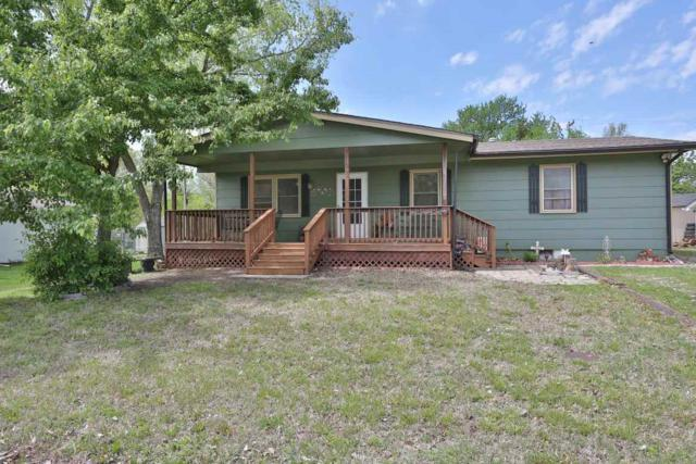 415 N 10th St, Towanda, KS 67144 (MLS #534300) :: Glaves Realty