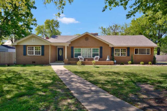 1 E Lynwood Blvd, Eastborough, KS 67207 (MLS #534941) :: Better Homes and Gardens Real Estate Alliance
