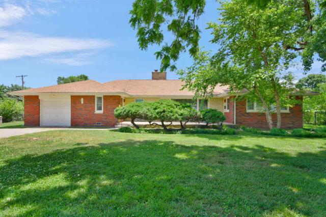 562 N Birch Ave, Valley Center, KS 67147 (MLS #536559) :: Katie Walton with RE/MAX Associates