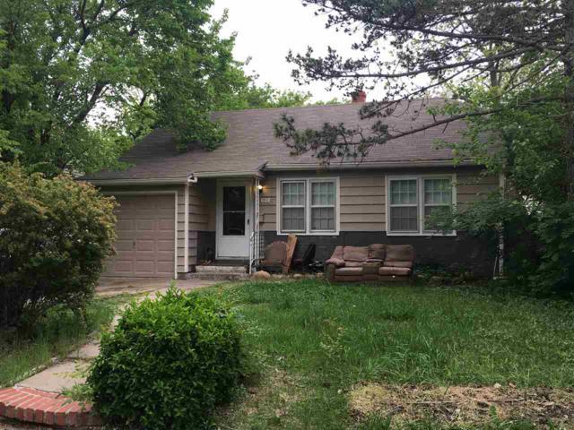 608 N Ridgewood Dr., Wichita, KS 67208 (MLS #536837) :: Select Homes - Team Real Estate
