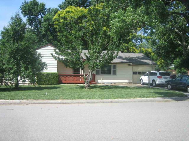 2009 Clover Ln, North Newton, KS 67114 (MLS #537172) :: Katie Walton with RE/MAX Associates