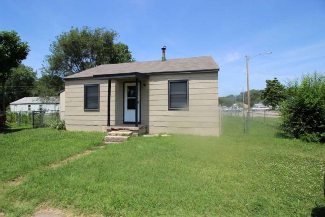2745 S Vassar Ct, Wichita, KS 67210 (MLS #537192) :: Select Homes - Team Real Estate