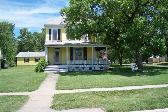 334 E 8TH ST, Newton, KS 67114 (MLS #537223) :: Katie Walton with RE/MAX Associates