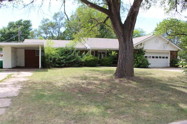 555 N Emporia Ave, Valley Center, KS 67147 (MLS #537244) :: Katie Walton with RE/MAX Associates