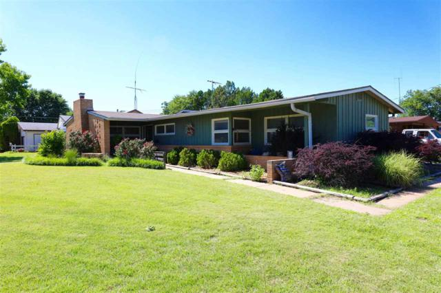1301 Western St, Wellington, KS 67152 (MLS #537247) :: Select Homes - Team Real Estate