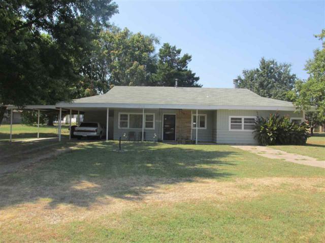 1303 N 14th Street, Arkansas City, KS 67005 (MLS #539494) :: Select Homes - Team Real Estate