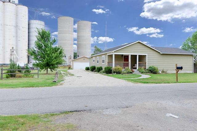 136 S Birch, Valley Center, KS 67147 (MLS #539521) :: Katie Walton with RE/MAX Associates