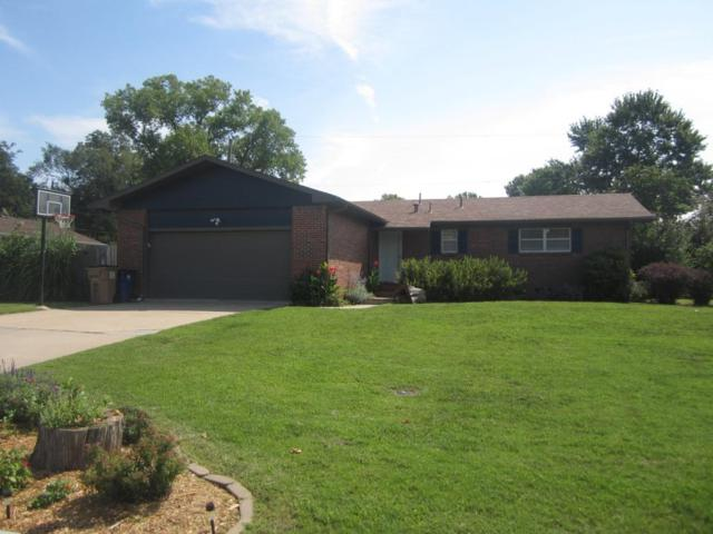 4230 N Edgemoor Dr, Bel Aire, KS 67220 (MLS #539965) :: Better Homes and Gardens Real Estate Alliance