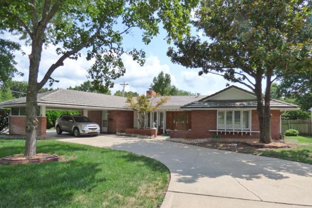 1819 E 12TH AVE, Winfield, KS 67156 (MLS #539974) :: Better Homes and Gardens Real Estate Alliance