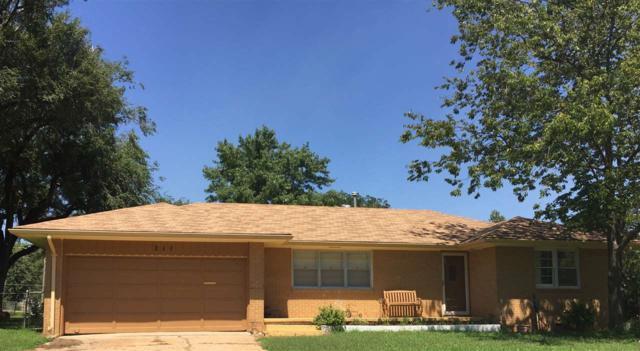 211 E South St, Wellington, KS 67152 (MLS #540147) :: Select Homes - Team Real Estate