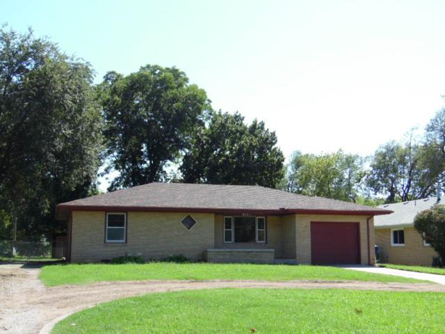 411 W 4th Ave, Belle Plaine, KS 67013 (MLS #540148) :: Select Homes - Team Real Estate