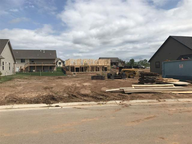 1368 E Lookout Cir, Derby, KS 67037 (MLS #540851) :: On The Move