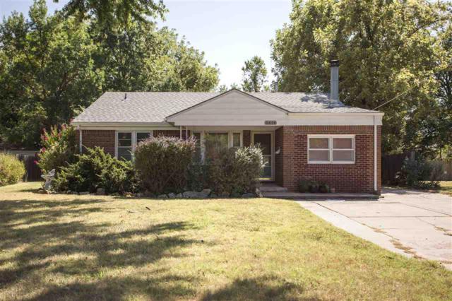 2474 S Poplar Dr, Wichita, KS 67216 (MLS #541655) :: Select Homes - Team Real Estate