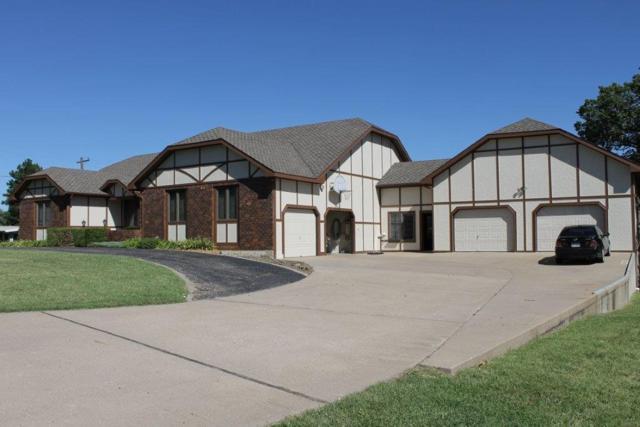 302 Cedar Lane Dr, Winfield, KS 67156 (MLS #542370) :: On The Move