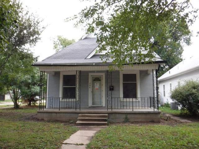 704 S Pattie St, Wichita, KS 67211 (MLS #542715) :: Select Homes - Team Real Estate