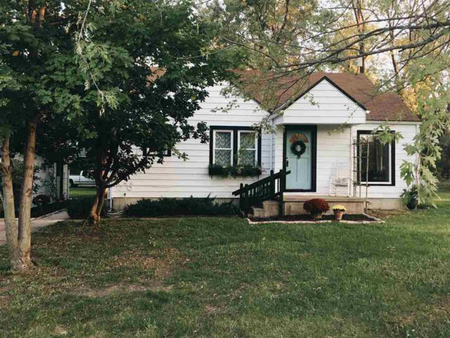 114 W 4th St, Elbing, KS 67041 (MLS #542766) :: Better Homes and Gardens Real Estate Alliance