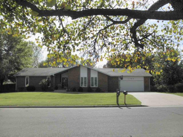 1705 E 20th, Winfield, KS 67156 (MLS #543050) :: Select Homes - Team Real Estate