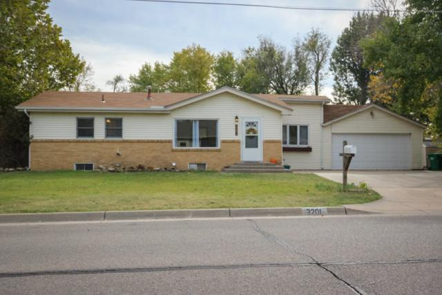 3201 W 17th N, Wichita, KS 67203 (MLS #543522) :: Select Homes - Team Real Estate