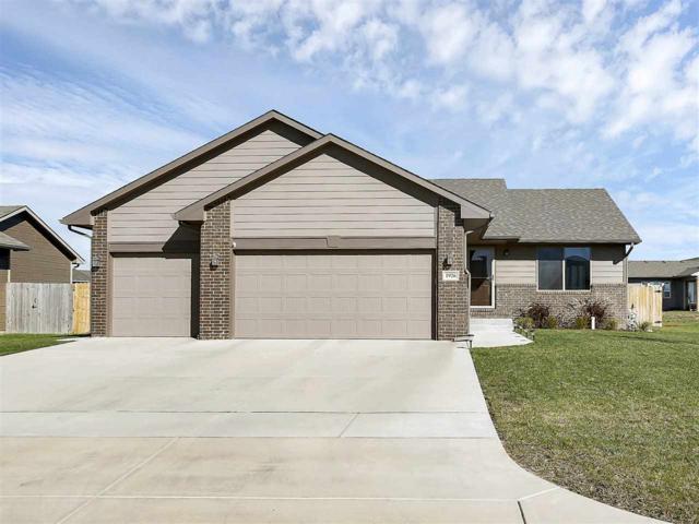 1926 E Aster, Andover, KS 67002 (MLS #543533) :: Select Homes - Team Real Estate