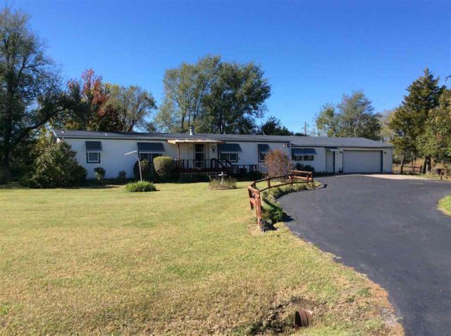 9519 SW Santa Fe Lake Rd, Augusta, KS 67010 (MLS #543899) :: Glaves Realty