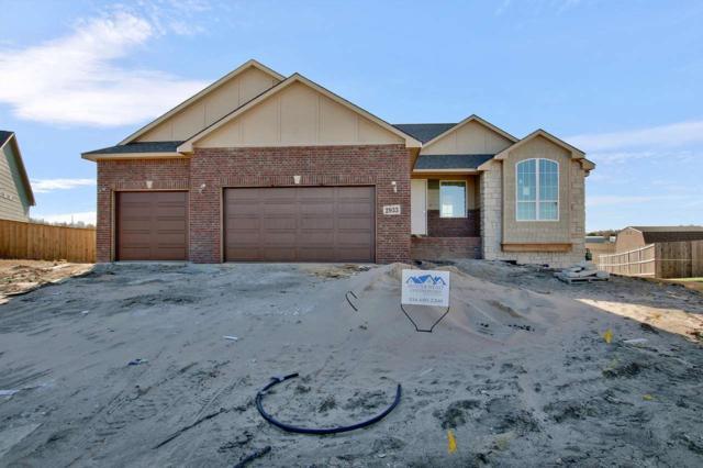 2933 E Fairchild Ct, Park City, KS 67219 (MLS #544266) :: Better Homes and Gardens Real Estate Alliance