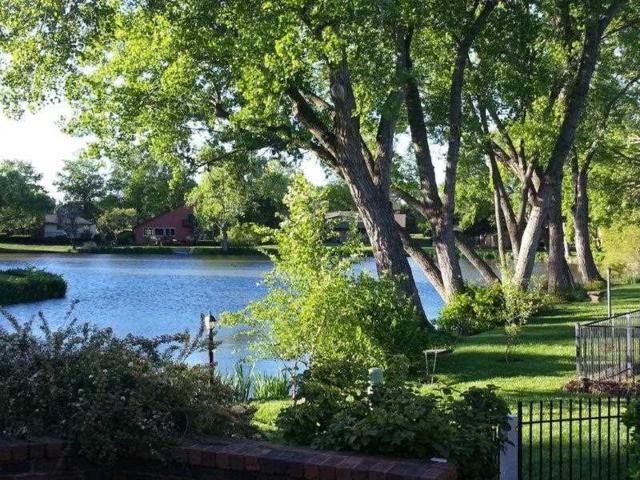 1315 S Bridgewater, Wichita, KS 67209 (MLS #544963) :: Select Homes - Team Real Estate