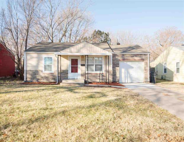 1221 S Waverly St, Wichita, KS 67218 (MLS #545019) :: Select Homes - Team Real Estate