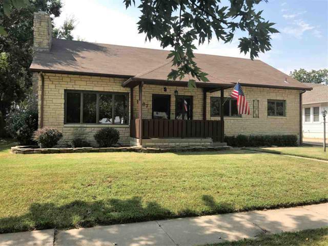 1107 N A Street, Arkansas City, KS 67005 (MLS #545555) :: On The Move