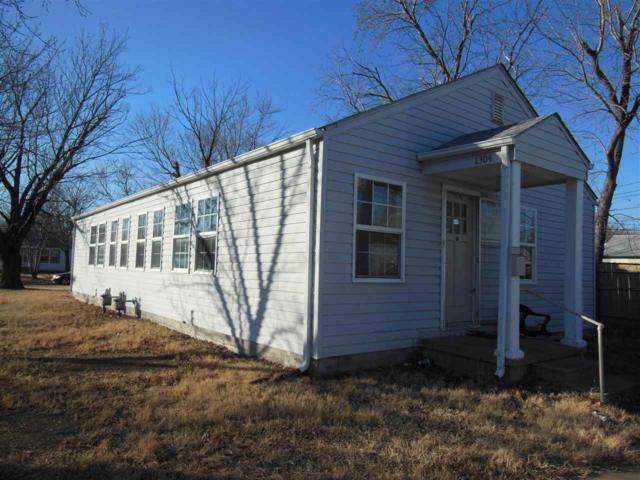 1302 E Clark St, Wichita, KS 67211 (MLS #545584) :: On The Move