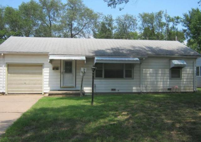 422 W 4th, Valley Center, KS 67147 (MLS #545766) :: Glaves Realty