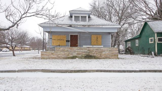 803 W Hendryx St, Wichita, KS 67213 (MLS #546185) :: On The Move