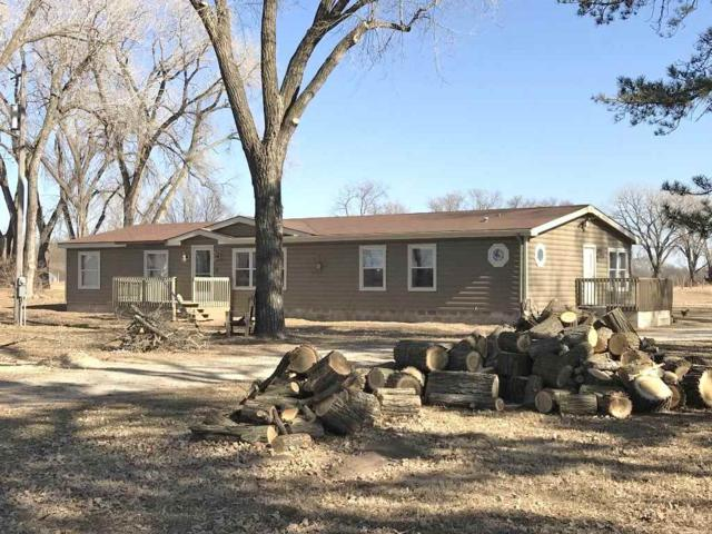 1138 N Oliver Rd, Belle Plaine, KS 67013 (MLS #546321) :: Select Homes - Team Real Estate