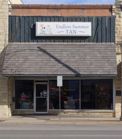 806 Main St, Winfield, KS 67156 (MLS #546420) :: On The Move