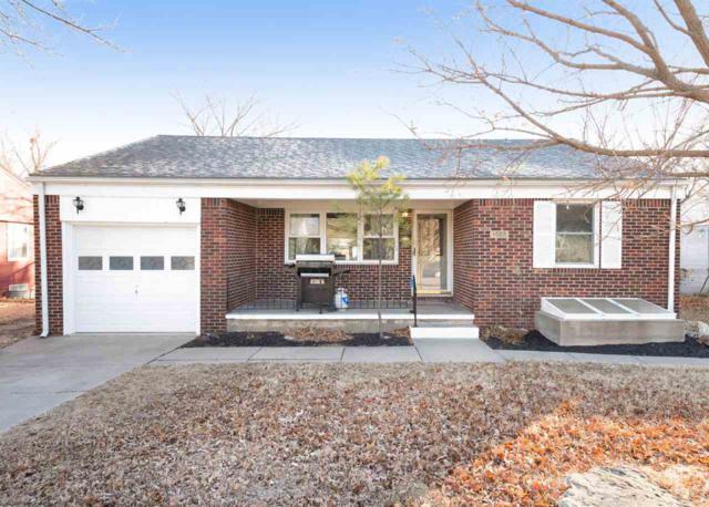 1020 N Edgemoor, Wichita, KS 67208 (MLS #546627) :: On The Move