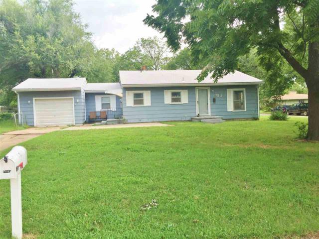 920 E 4th St, Eureka, KS 67045 (MLS #546758) :: Select Homes - Team Real Estate