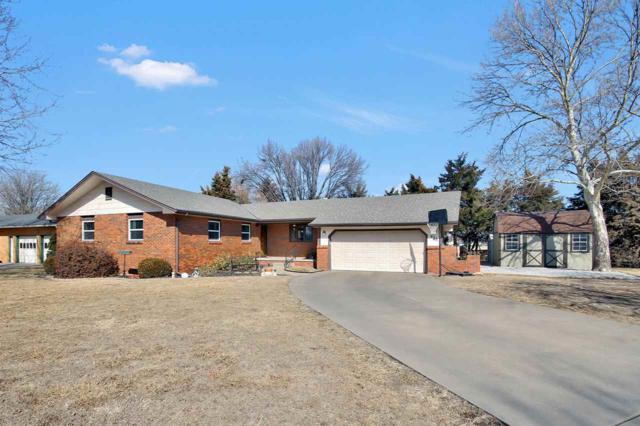 623 Sherman Dr, Newton, KS 67114 (MLS #547143) :: On The Move