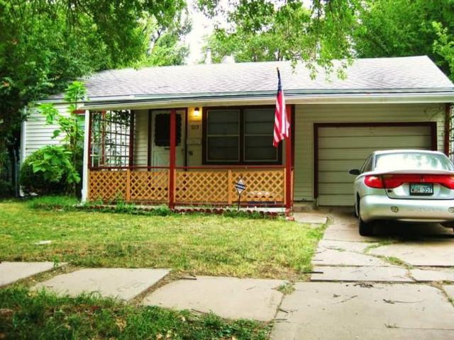 1015 S Waverly St, Wichita, KS 67218 (MLS #547325) :: Better Homes and Gardens Real Estate Alliance