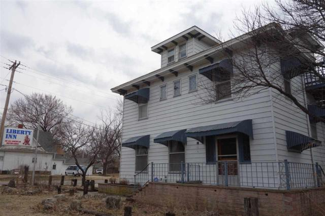 601 W 9th Ave, Winfield, KS 67156 (MLS #548200) :: On The Move