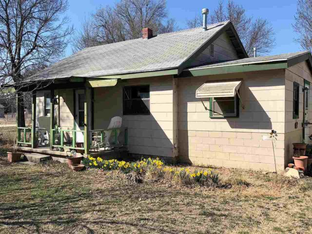 1326 W Linden Ave, Arkansas City, KS 67005 (MLS #548533) :: Select Homes - Team Real Estate
