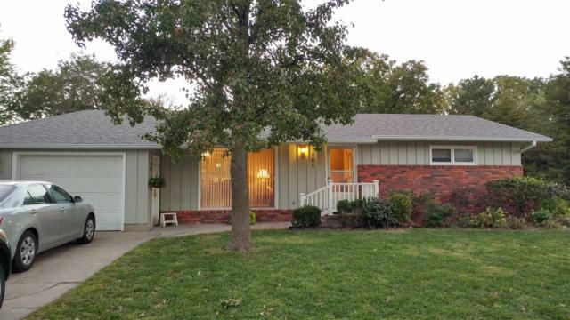 103 S College Dr, Hesston, KS 67062 (MLS #549535) :: Select Homes - Team Real Estate