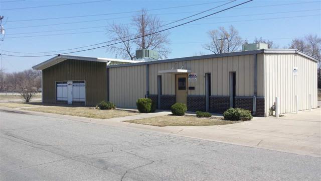 140 N Cedar Ave, Valley Center, KS 67147 (MLS #549551) :: Glaves Realty
