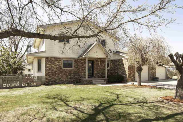 1949 Hillcrest Dr, Goddard, KS 67052 (MLS #549607) :: Better Homes and Gardens Real Estate Alliance